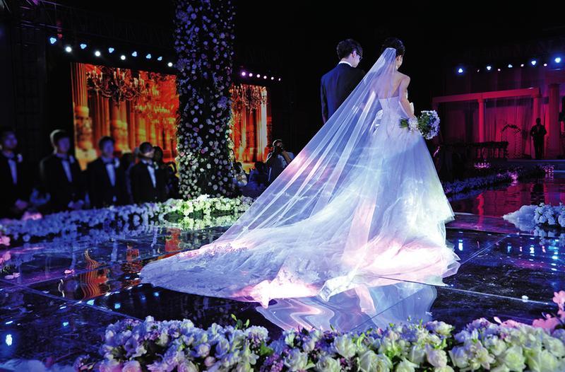 镜头下的陕西40年婚礼变迁 铜川
